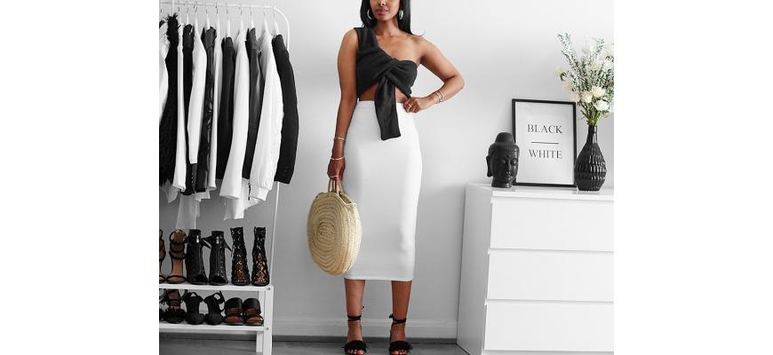 How I style: Basic white skirt